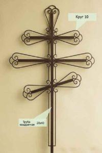Кованный крест на могилу в Тюмени