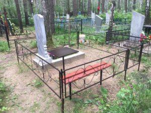 простая недорогая скамейка на кладбище купить