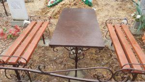 Купить столик на кладбище в Тюмени