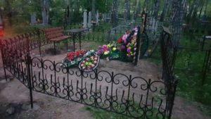 купить столик для кладбища в Тюмени